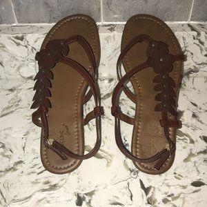 Women's size 9 NWOT sandals